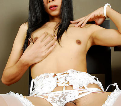 Preview Femboy Joy - Silent but sexy Asian femboy Bang